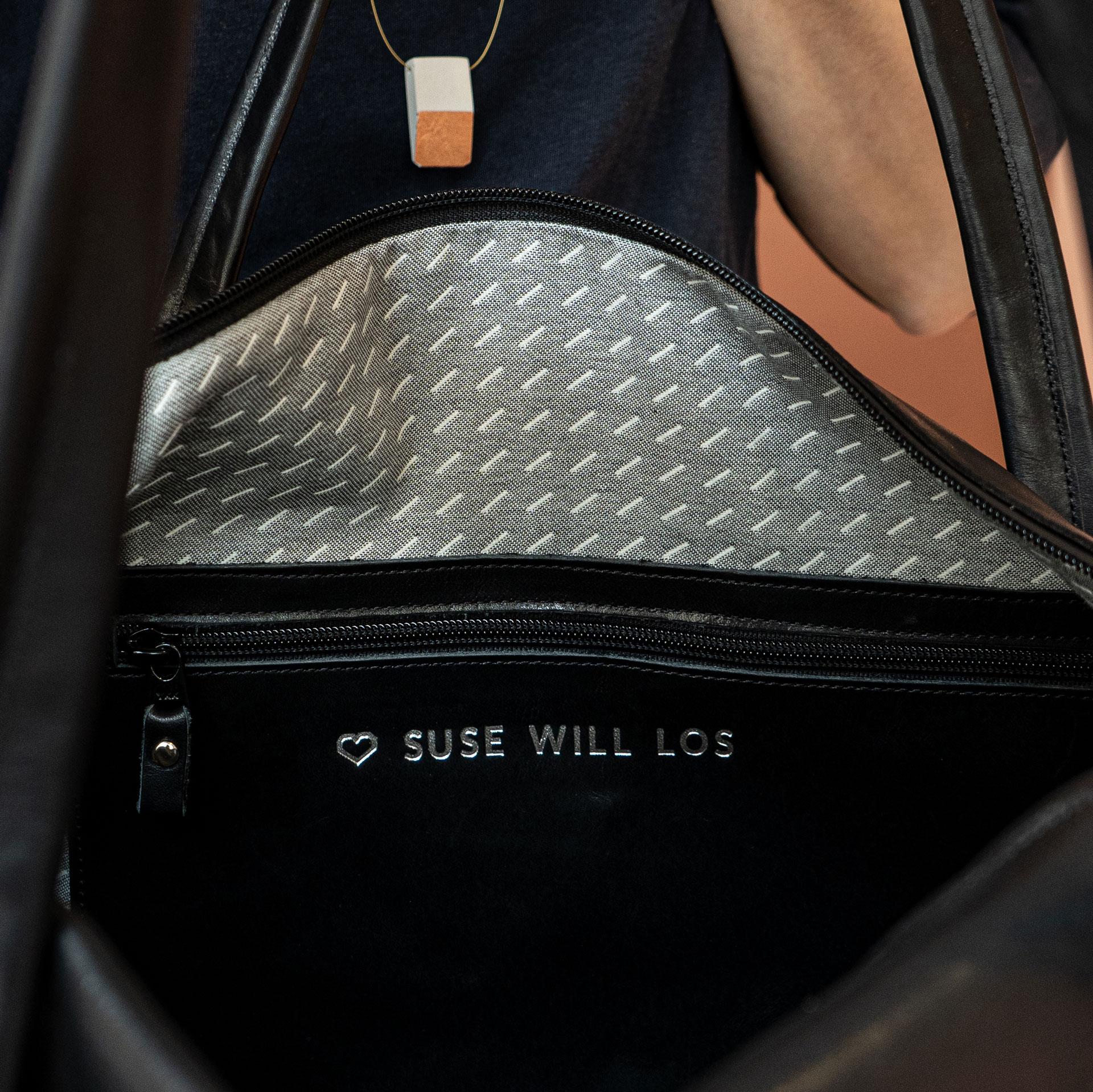 Beispiel für eine individuelle Prägung im Inneren der Tasche.