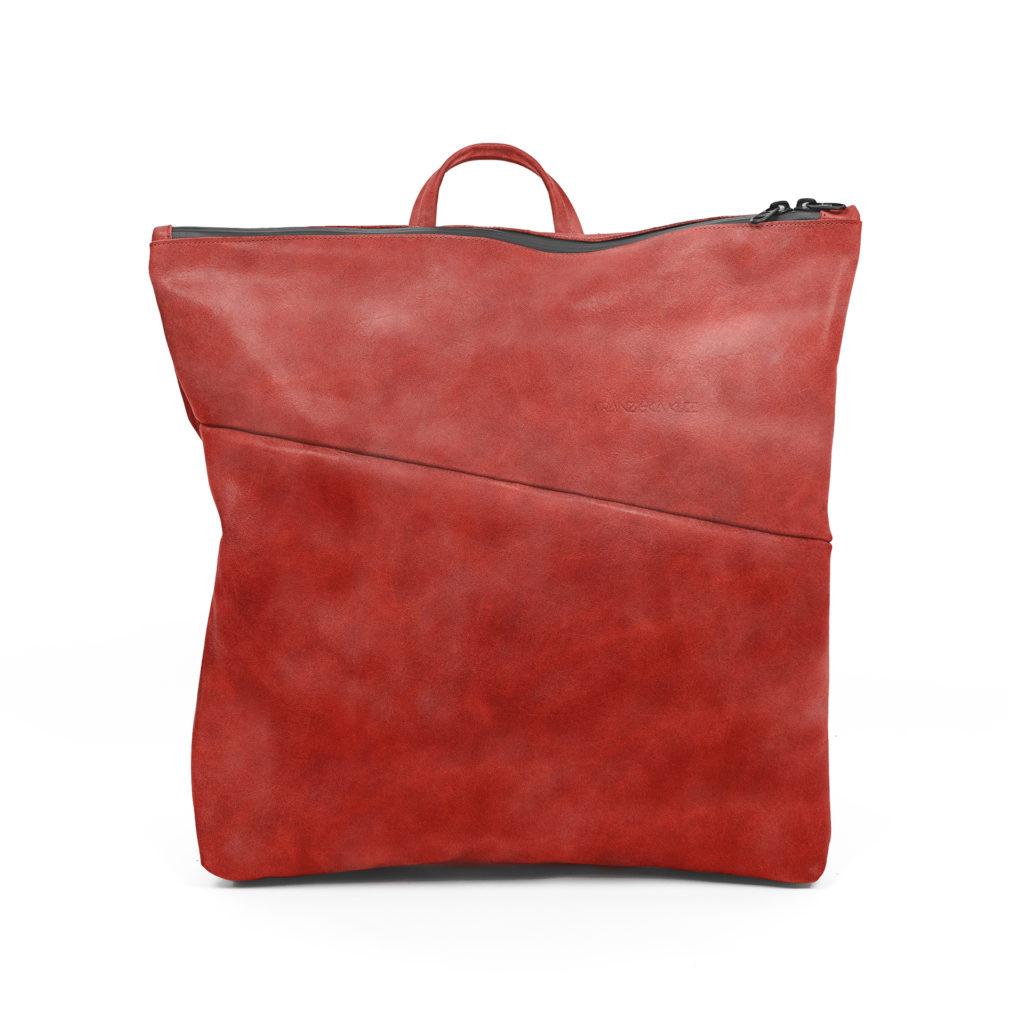 Vorderseite des Wickelrucksacks LIN aus nachhaltigem Naturleder in Rot
