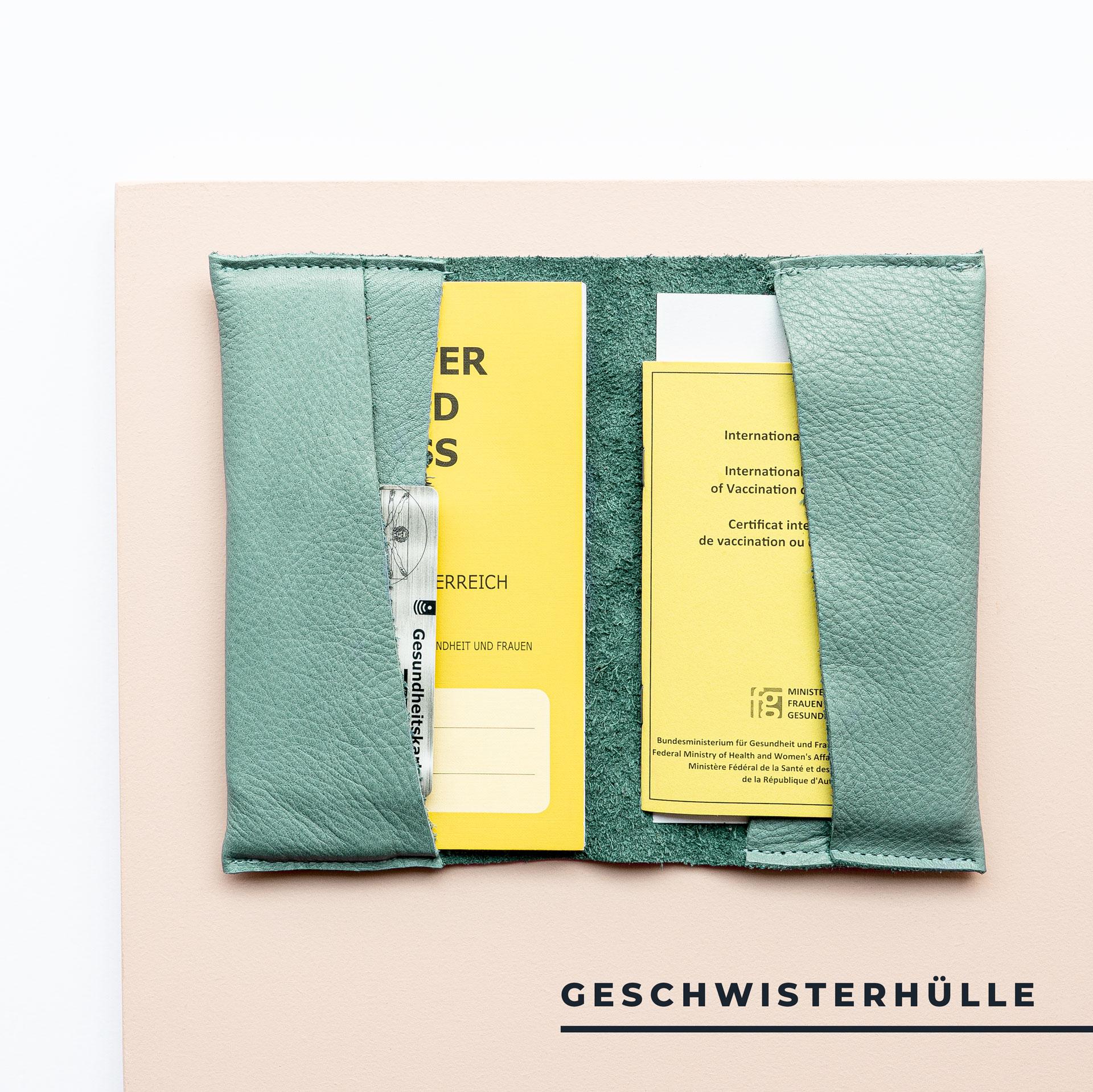 Mutter-Kind-Pass-Huelle-Oesterreich-Naturleder-Franziska-Klee-mint-geschwisterhuelle