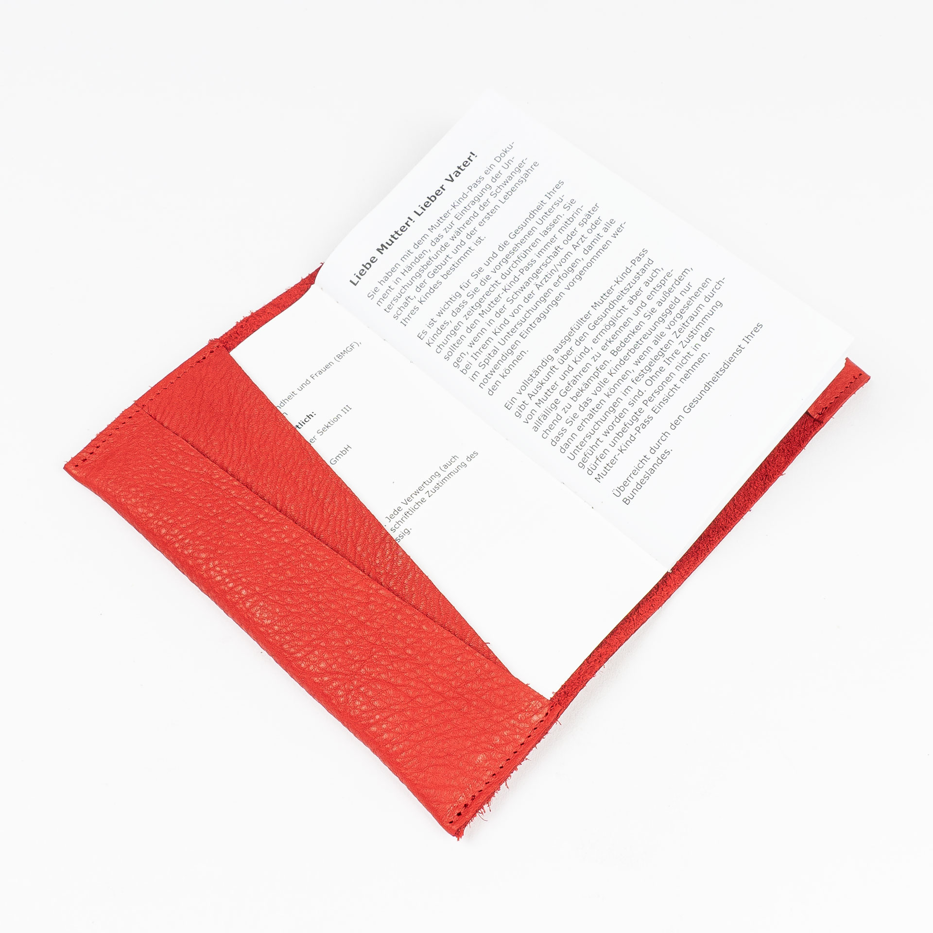 Mutter-Kind-Pass-Huelle-Oesterreich-Naturleder-Franziska-Klee-rot-einzelhuelle-befuellt